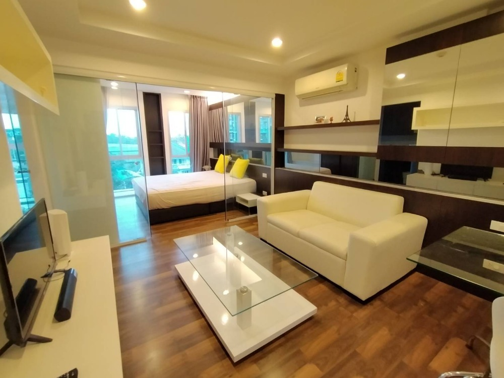 For SaleCondoNawamin, Ramindra : Urgent sale with tenants, Park Exo Condo, Parc EXO, pool view, cheaper than the project 400, 000 baht.