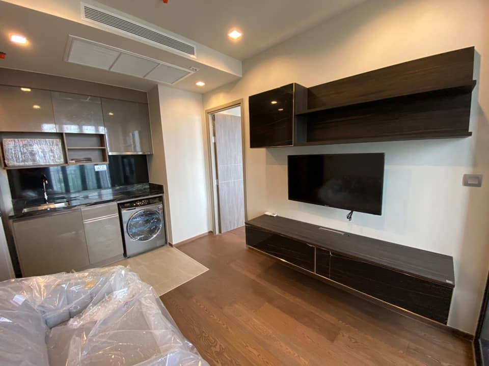 For RentCondoAri,Anusaowaree : Condo for rent Ideo Q Victory - 1 bedroom, 1 bathroom - Size 35 sq.m. - 31st floor - Fully furnished.