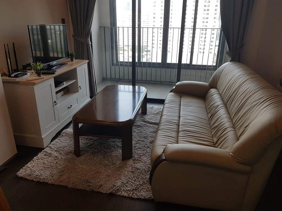 For RentCondoRatchathewi,Phayathai : --- Urgent rent !!! IDEO Q Siam-Ratchathewi 1 bedroom 35 sq m, fully furnished, high floor, open view ---