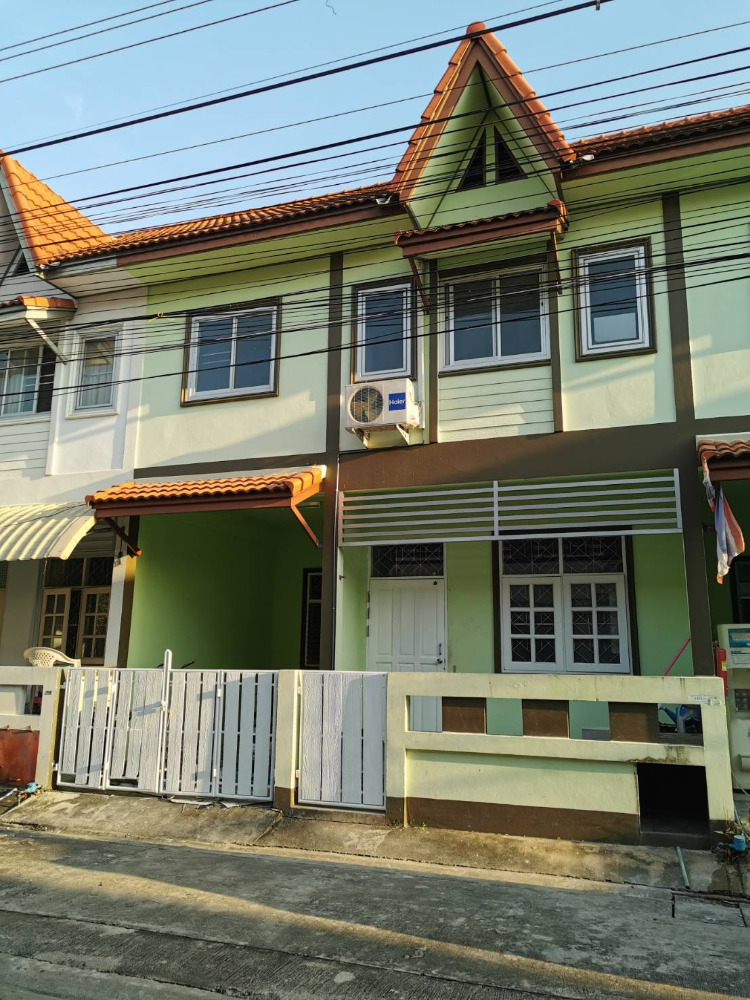 For RentTownhouseChengwatana, Muangthong : Townhouse / Townhome for rent Near government center