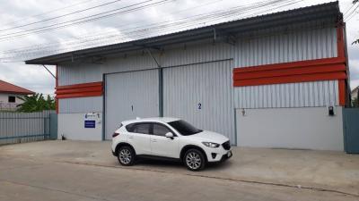 For RentWarehouseRangsit, Patumtani : Warehouse for rent, new building, 180 sq m., Lam Luk Ka Khlong 4, Behind AC Lam Luk Ka, Pathum Thani