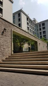 For RentCondoKasetsart, Ratchayothin : It is recommended for those who are looking for a good location accommodation on Phaholyothin Road. @Chapter One The Campus Kaset