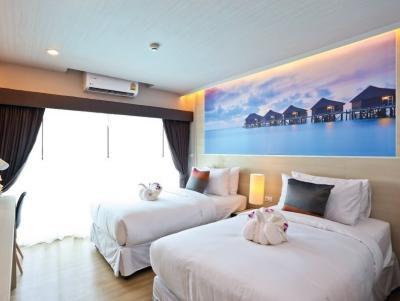 For SaleCondoCha-am Phetchaburi : Urgent sale, loss sale, AD Condo Cha Am, size 25 sqm., Price 990,000, free air conditioning, free transfer
