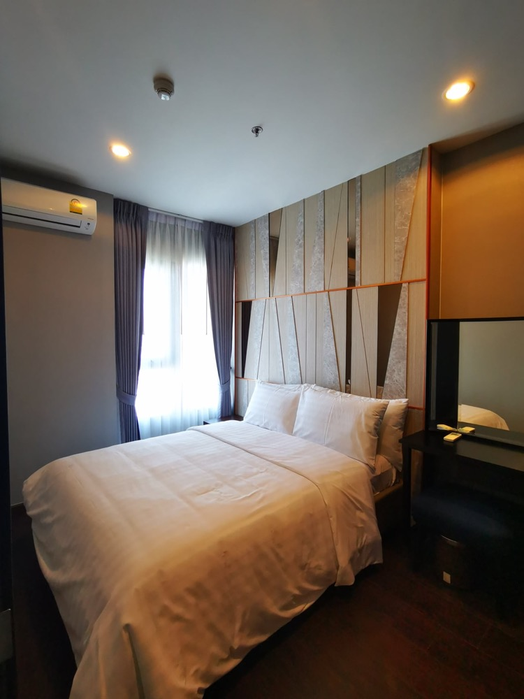 For RentCondoSukhumvit, Asoke, Thonglor : New room for rent, C Ekkamai, 1 bedroom, high floor, open view, very beautiful, 39th floor, size 30 sqm.