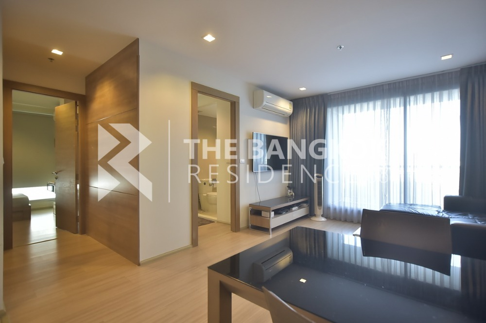 For RentCondoRatchadapisek, Huaikwang, Suttisan : For rent, the best price @ Rhythm Huaikhwang 2Beds 2Baths, size 65 Sq.m, the best price now @ 25,000 baht. Interested in meeting the room at any time.