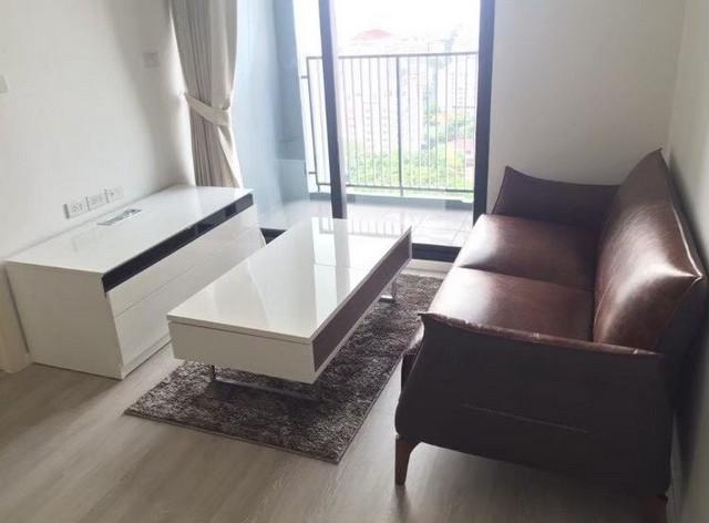For RentCondoRatchadapisek, Huaikwang, Suttisan : AE0282 Condo for rent, Quinn Ratchada 17, size 35 sqm, 19th floor, building A, corner room, full furniture, beautiful view.