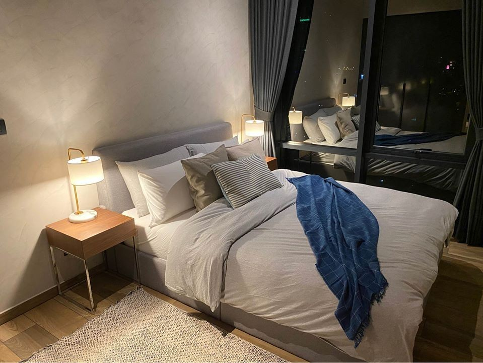 For SaleCondoSukhumvit, Asoke, Thonglor : For sale the loft asoke, new room, beautiful decoration, high floor, open view, 2 bedrooms on high floor (have real picture, real view, not block)