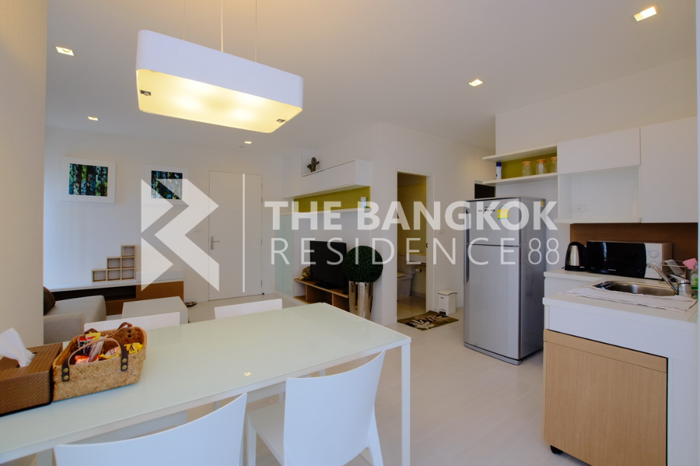 For SaleCondoRatchadapisek, Huaikwang, Suttisan : Condo for sale The room Ratchada-Ladprao 62sqm 2Bed1Bath 15Floor South, East Fullyfurnished Superprice Valueroom.