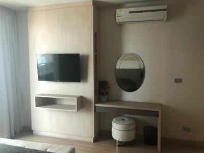 For SaleCondoOnnut, Udomsuk : Close to BTS Sky Walk Condominium 39.69 Sqm. 14th floor for sale