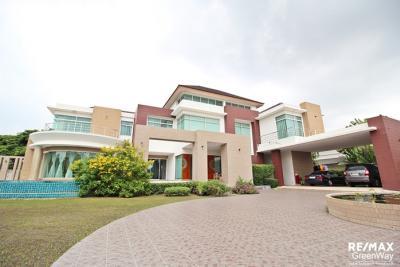 For SaleHouseNawamin, Ramindra : house for sale Panya Inthra Village P5, Corner House, price 55 million baht