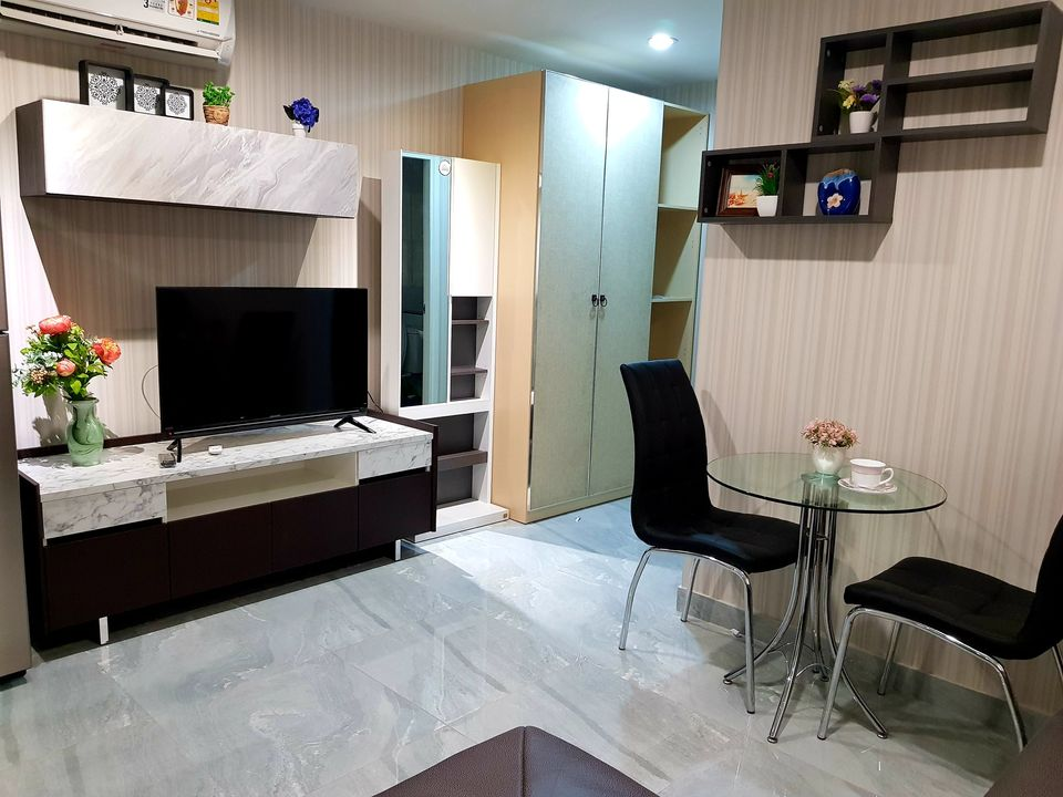 For RentCondoOnnut, Udomsuk : For Rent Regent Home Sukhumvit 81 BTS On Nut beautifully decorated room. Furniture and appliances complete.