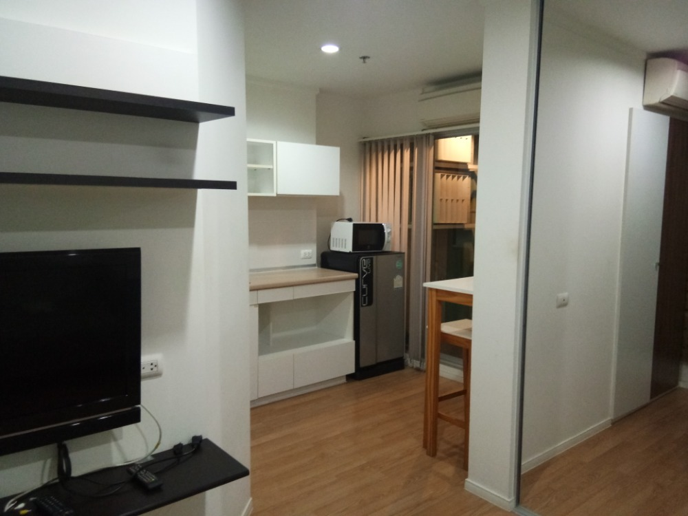 For RentCondoBangna, Lasalle, Bearing : Urgent for rent, special price, Lumpini Ville Lasalle - Bearing 105, Building D, 7th floor, room size 27, rent 6,500 / month