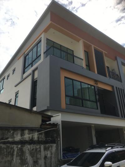 ขายบ้านรัชดา ห้วยขวาง : Modern Life HOME @ห้วยขวาง เปิดตัวโครงการ บ้าน สร้างใหม่3ชั้น  ใกล้MRTห้วยขวาง หลังใหญ่4นอน5น้ำ โทร 0853535888 หรือ 0864099920   LINE ID CPG888   WWW.บ้านรัชดา.COM รับส่วนลด ของแถม หลายแสน