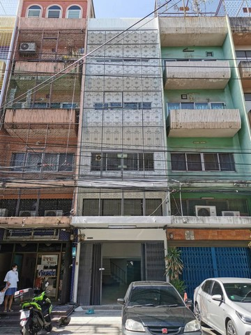 For RentShophousePinklao, Charansanitwong : RPJ129 for rent 4 and a half storey commercial building, 1 new renovated booth, next to MRT Torch Station