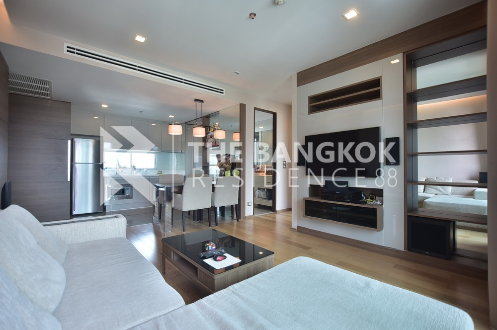 For SaleCondoRama9, RCA, Petchaburi : Dating announcement!!!ADDRESS ASOKE, large size, 2 bedrooms, 75sq.m, make an appointment to view the project call 0817873559 Tam