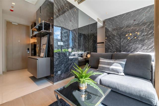 For RentCondoSilom, Saladaeng, Bangrak : For rent very cheap, 1 bedroom 31 sqm., Very beautiful decorated room, fully furnished Ashton Silom