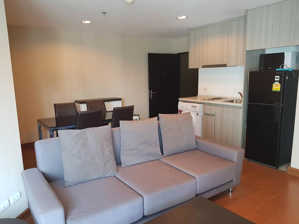 For RentCondoRama9, RCA, Petchaburi : Condo for rent, Belle grand rama 9, 1 bedroom, 1 bathroom, 1 kitchen, area 49 sq m., 14th floor, building B1, beautiful decoration, beautiful view, fully furnished, rental price: 22,000 baht / month
