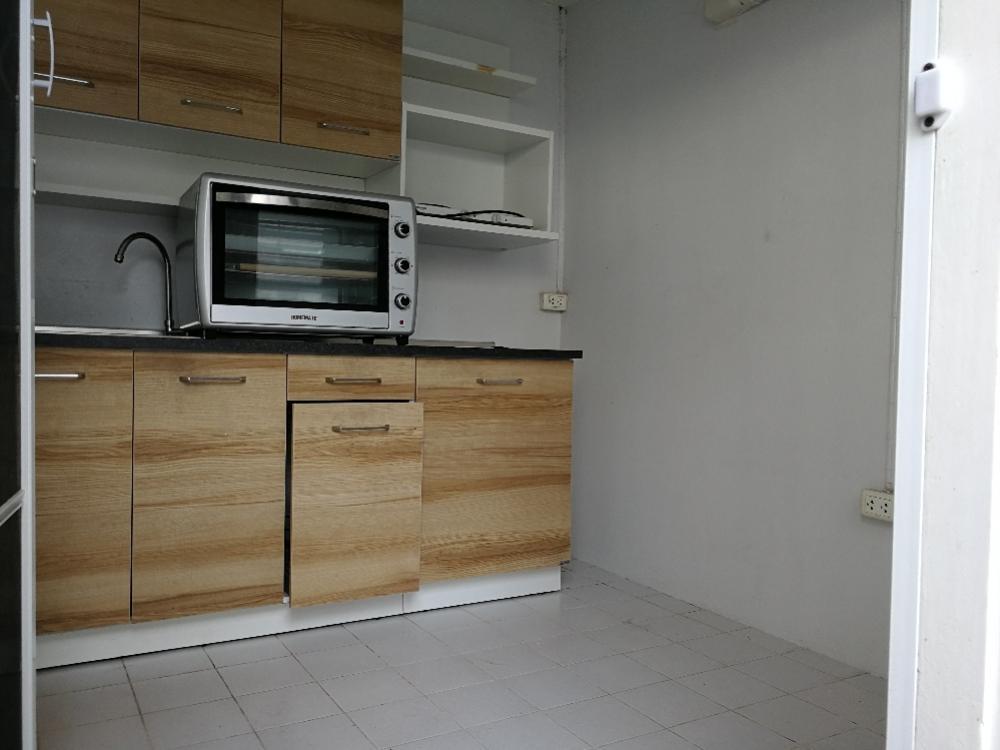 For RentHouseSukhumvit, Asoke, Thonglor : FOR RENT ! SINGLE HOUSE 🏠 (Corner) Soi Preedee 15
