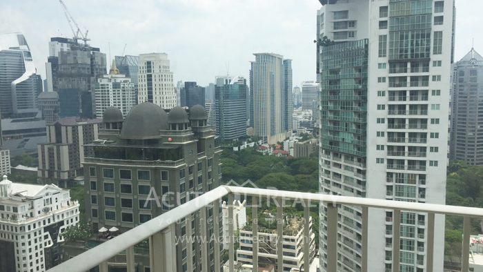 For SaleCondoWitthayu,Ploenchit  ,Langsuan : Condo Langsuan ville for sale close to central chidlom BTS