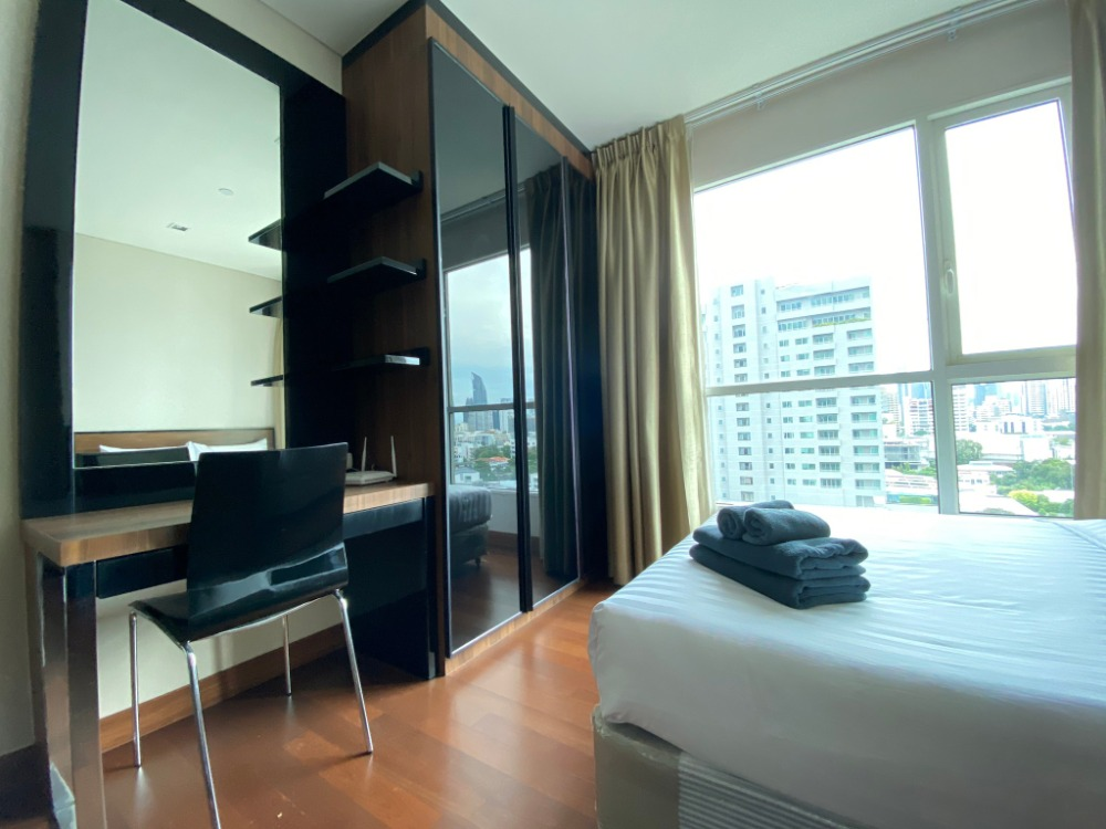 For SaleCondoSukhumvit, Asoke, Thonglor : Ivy Thonglor for sale, studio room 35 sq m, fully furnished room, ready to move in Very good price room Ready to move in, call 095-547-7160, poster