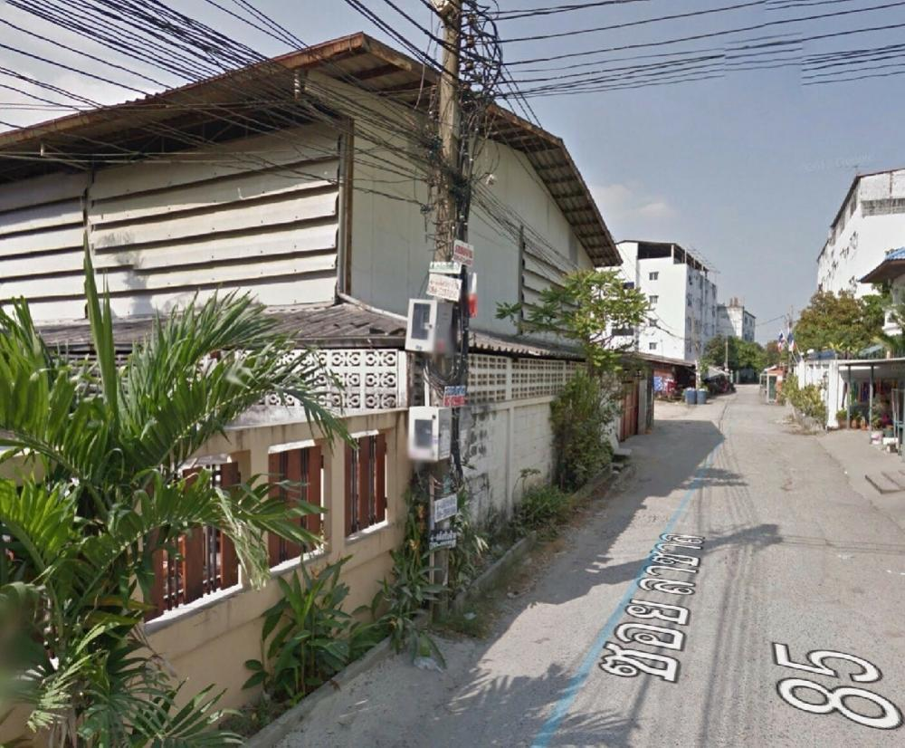 For SaleLandBangna, Lasalle, Bearing : Land for sale Lasalle 85 from the alley just 200 meters with buildings area 106 sq m. Orange