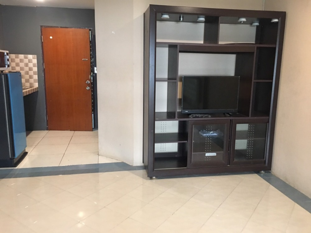 For SaleCondoNawamin, Ramindra : Condo for sale with tenants, can raise dogs 36 sqm, Bodin Sweet Home near Ramkhamhaeng University, town in town, smooth express.