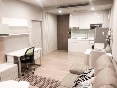 เช่าคอนโดสุขุมวิท อโศก ทองหล่อ : ปล่อยเช่า 1 ห้องนอน มีอ่างอาบน้ำ ตกแต่งใหม่ เฟอร์นิเจอร์และเครื่องใช้ไฟฟ้าครบ พร้อมเข้าอยู่ CD191267