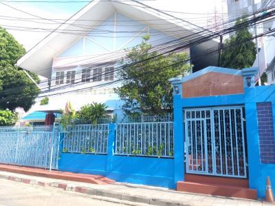 เช่าสำนักงานรัชดา ห้วยขวาง : ให้เช่า อาคารโรงเรียน  2 อาคาร  วิภาวดี4  ถ.วิภาวดี- รังสิต (ติดโชว์รูมMG) ซอยเดียวกับโรงเรียนรักษาดินแดน  กรุงเทพ
