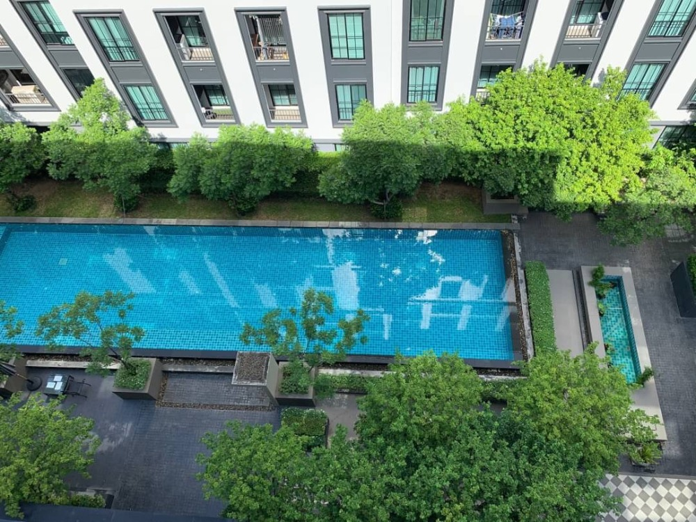 For RentCondoSiam Paragon ,Chulalongkorn,Samyan : The Reserve Kasemsan3, pool view, very beautiful room, 2 bedrooms, never rent. Furniture + appliances, complete, beautiful decoration, negotiable price