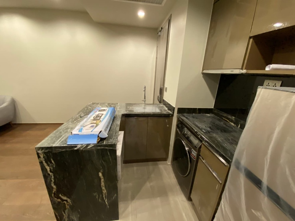 For RentCondoAri,Anusaowaree : For rent, Ideo Q Victory, 2 bedrooms, 1 bathroom, 46 sq m, very high floor, best-selling view in the project, new room, ready to move in 095-547-7160 postter
