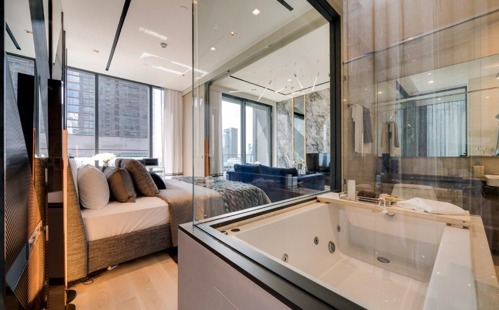 For SaleCondoSilom, Saladaeng, Bangrak : This price is until the end of this month only Ashton silom, 1 bedroom, size 50 sq.m., interested call 0654649497.