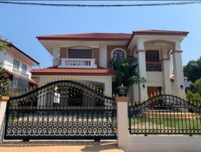 For RentHouseBang kae, Phetkasem : RH413 House for rent, 126 square meters, Nantawan Wongwaen Village, Pinklao, near The Mall Bang Khae