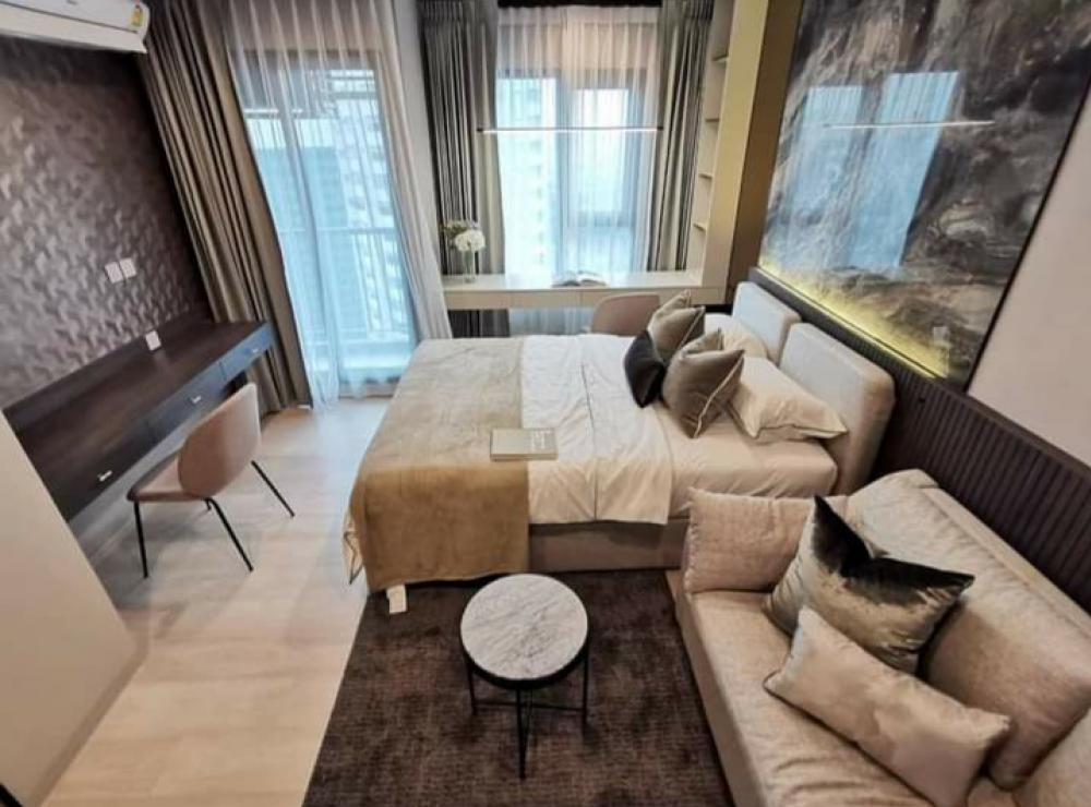 For RentCondoWitthayu,Ploenchit  ,Langsuan : Condo for rent, Life one wireless, 38th floor, Studio room, very beautiful decoration, size 28 sqm., Ready to move in