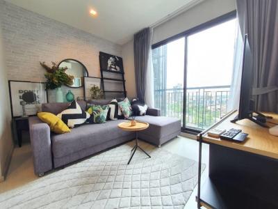 For RentCondoSukhumvit, Asoke, Thonglor : +++ Urgent rent, beautiful room, Rhythm Sukhumvit 36-38 *, 1 bedroom size 34 sq m, fully furnished.
