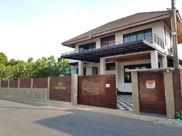 For RentHouseVipawadee, Don Mueang, Lak Si : Rent a house to build yourself. Modern style, modern, size 199 sq.m., near Don Mueang Airport Access to both Vibhavadi Road, Songprapha Road, Chaengwattana, Liap Khlong Prapa Road