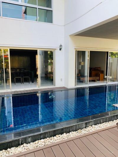 For RentHousePattanakan, Srinakarin : Premium House for rent in Noble Tara Pattanakarn gated community (Welcome agent)