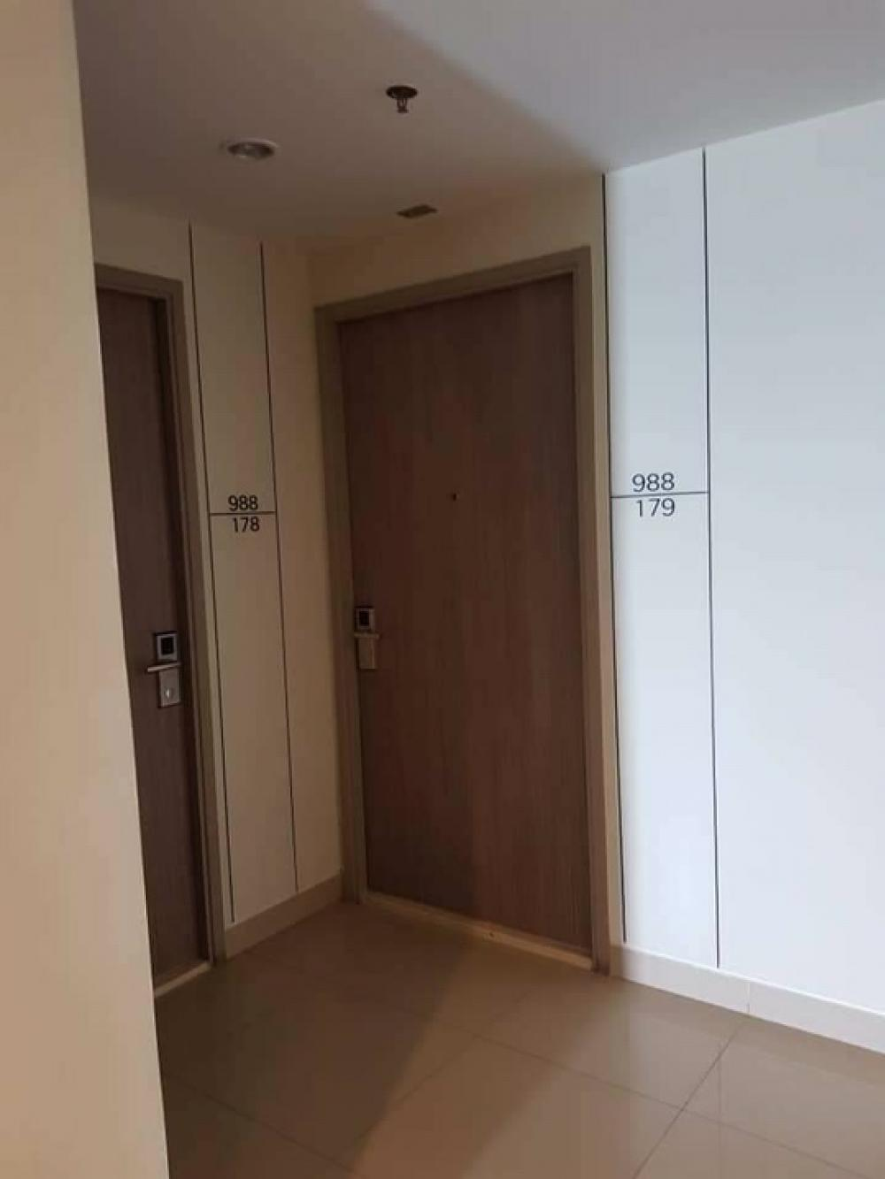 For SaleCondoBangna, Lasalle, Bearing : Condo for sale The Gallery Condo