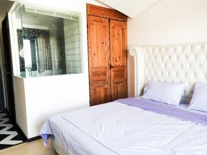 For RentCondoChonburi, Pattaya, Bangsa : Condo for rent, Venetian Signature Condo, Na Jomtien, Pattaya