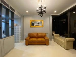 For RentCondoSukhumvit, Asoke, Thonglor : AGUSTON SUKHUMVIT 22– BTS Phrom Phong  1.4 Kilometers  – Unit 55 sqm Corner Room 8340