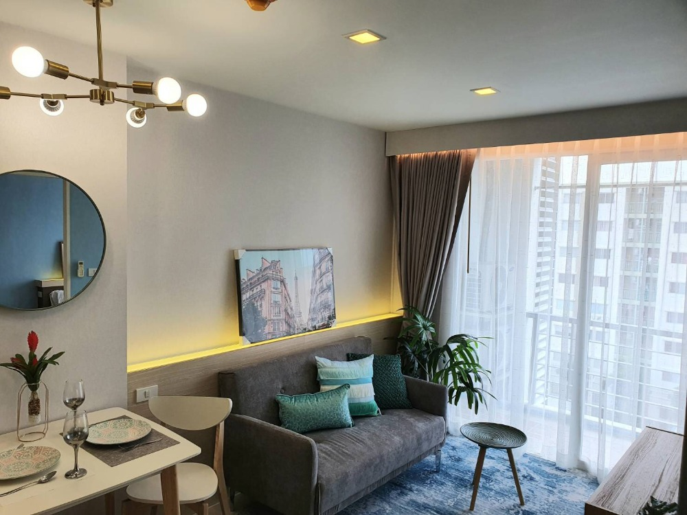 For SaleCondoLadkrabang, Suwannaphum Airport : Urgent sale, Air Link Residence Condo, very nice decorated room, ready to move in, free transfer, free furniture, free credit