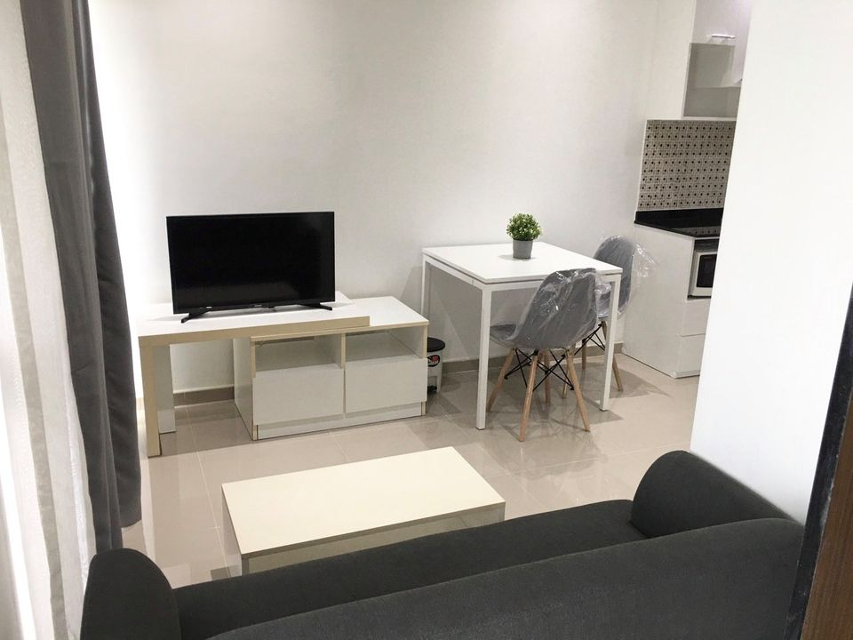 For RentCondoRama9, RCA, Petchaburi : Condo for rent, Condo A Space Asoke - Ratchada, newly decorated room, ready to move in, Building C, 3rd floor, 1 bedroom, 1 bathroom, size 35 sq.m., quiet garden view, rent only 11,000 baht / month.