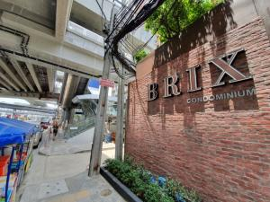 For SaleCondoPinklao, Charansanitwong : Brix Condominium, a high-rise luxury condo. See every corner of the Chao Phraya River, the room starts 2.8 million