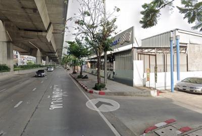 ขายที่ดินพระราม 9 เพชรบุรีตัดใหม่ : ที่ดินติดถนนพระราม9 เยื้องเดอะไนน์ 140 ตรว. แปลงสวย ทำเลดีเยี่ยม