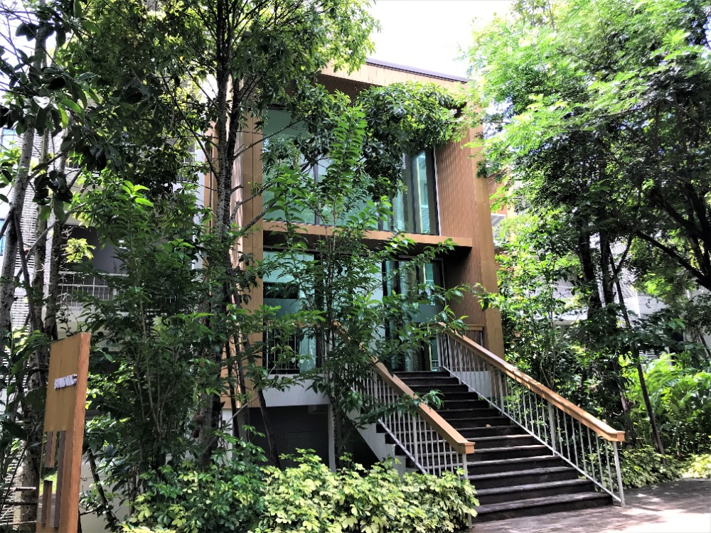 For SaleCondoKorat KhaoYai : The best of condos in Khao Yai Swan Lake Khao Yai 91 sq m 2 bedrooms 2 bathrooms condo in the middle of Khao Yai lake, very good price