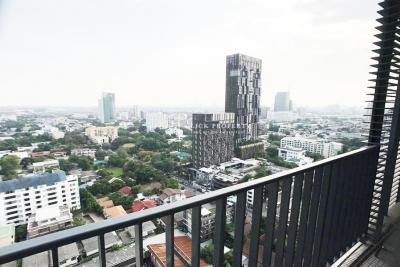 ขายคอนโดสุขุมวิท อโศก ทองหล่อ :    on 2x floor beautiful unblocked view    ขาย Siri at Sukhumvit38 For Sale ทิศใต้ 2ห้องนอน  CBD Sukhumvit - Thonglor condominium   BTS Thonglor 150meters (สิริ แอท สุขุมวิท38)