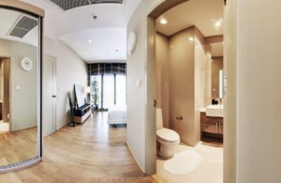 ขายคอนโดสุขุมวิท อโศก ทองหล่อ : ขาย NOBLE REVEAL เอกมัย คอนโด โนเบิล รีวิล ติด BTS Ekamai 1bed ชั้นสูง 2x floor โครงการ โนเบิล รีวิล เอกมัย 1 ห้องนอน