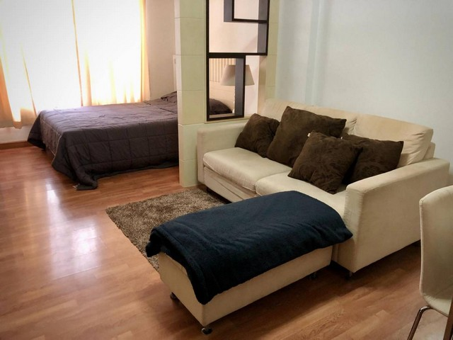 For RentCondoRatchadapisek, Huaikwang, Suttisan : AE0309 Condo for rent, Ivy Ratchada, size 32 sq m, 4th floor, Building B, fully furnished, ready to move in, near MRT Sutthisan.