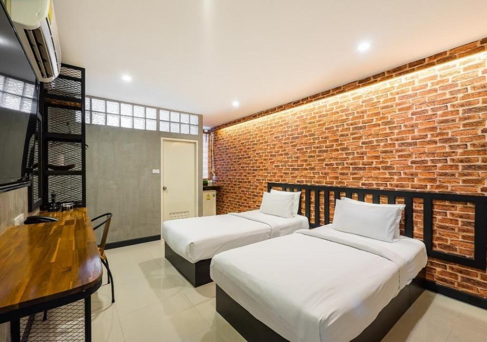 เช่าคอนโดรัชดา ห้วยขวาง : ให้เช่า ห้องพัก รายเดือน ให้เช่าคอนโด ต้นอ้อเพลส ย่านรัชดา MRT สุทธิสาร 23 ตร.ม ราคา 5000 บาท/เดือน