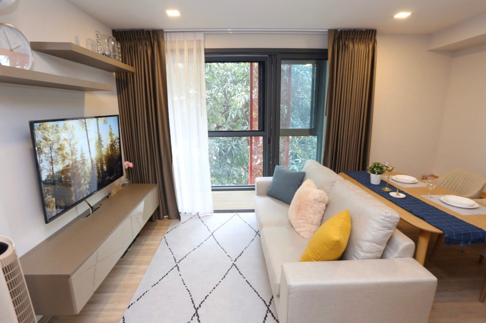 For SaleCondoSukhumvit, Asoke, Thonglor : 1 bedroom, extra wide room North view of large trees. Fully furnished. Ready to move in,CD181796