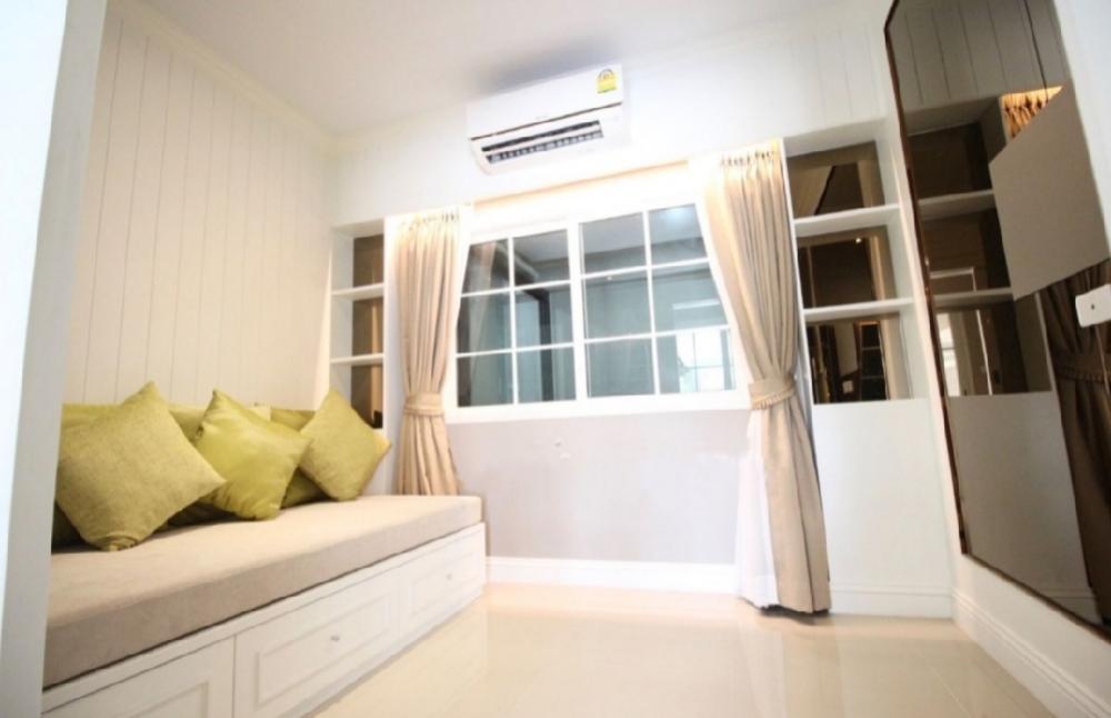 For RentHouseKaset Nawamin,Ladplakao : #Seerentsal luxury single house ready for sale and rent in Kaset Nawamin area, Grandio University.Nawamin 42, BTS Sao Nikhom 1, less than 1.5 kilometers